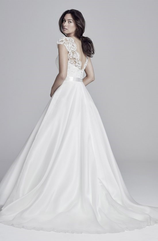 alicia-back-lookbook-collection2019-weddingdressesuk-designerSuzanneNeville-550×839