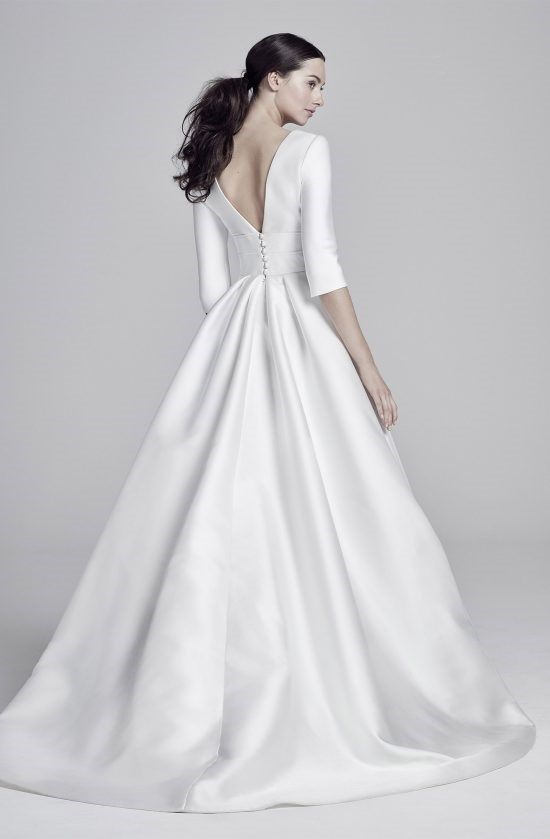 layla-back-lookbook-collection2019-weddingdressesuk-designerSuzanneNeville-550×839