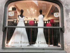 Chic and simple windows for the beginning of Spring…