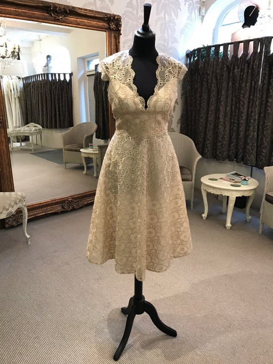 David Fielden  – Beige lace dress