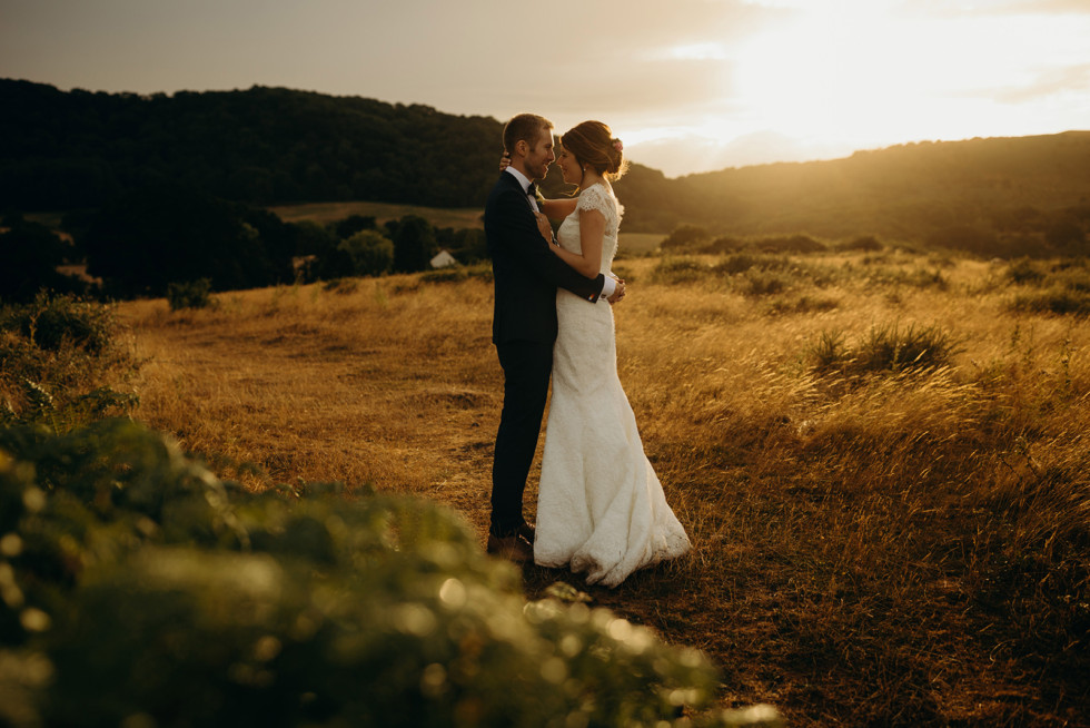 Beautiful Jennifer wears a Stewart Parvin wedding dress for a fabulous classic meets quirky wedding!