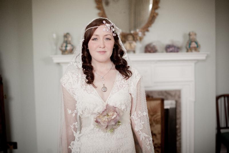 The perfect Claire Pettibone bride