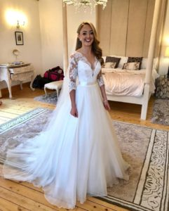 Beautiful bride Michaela in Suzanne Neville's 'Alicia' gown for her Scottish wedding.